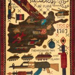 Afghan war rug, 1990s. After the Soviet withdrawal in 1989, the production of war rugs takes on a kind of celebration. In this case we find the map of the country with the date 1989, and messages written in Dari (Afghan language) that celebrate the Soviet retreat. The weapons and military vehicles present are faithfully reproduced. 90 x 60cm