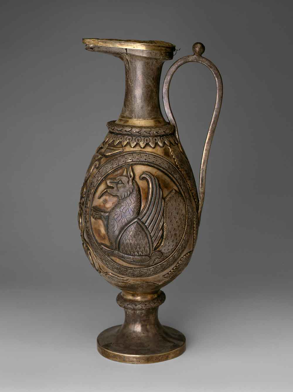 8.-Ewer-with-Simurgh_Hermitage