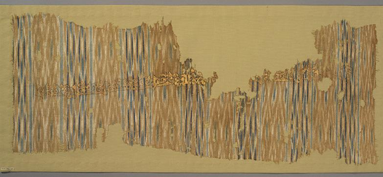 Cotton tabby with warp ikat pattern, ink, gold leaf Yemen, 10th century