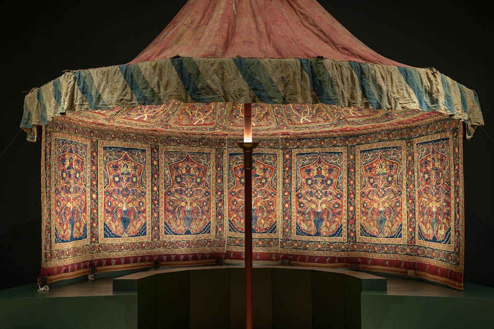 Qajar Imperial Tent Cleveland Museum of Art & Qajar imperial tent in Cleveland - HALI