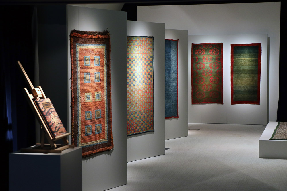 Early Tibetan Rugs at MICHAEL WOERNER, ASIAN ART IN  BRUSSELS 8th-12th June 2016_02