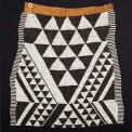 Ceremonial-apron,-fine-woven-beadwork-&-hide,-18x16.5ins,-46x42cms,-Bayei-or-Mbukushu-peoples,-Botswana,-South-Africa,-early-20th,-5520,-alt.-image