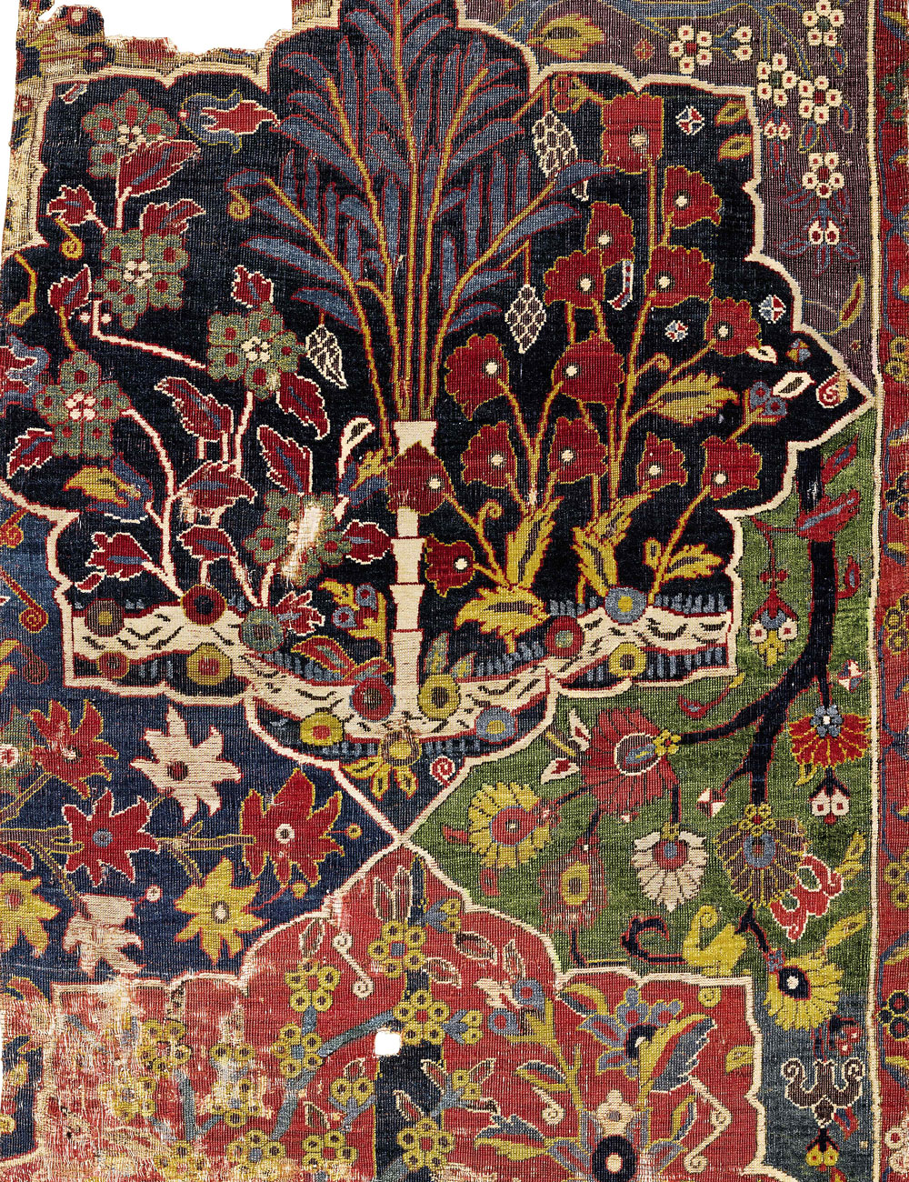 reLOT-241-The-Von-Hirsch-Tree-carpet,-a-fragment