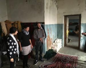 Soundweaving artist, Zsanett Szirmay at Faig Ahmed's weaving workshops, Baku