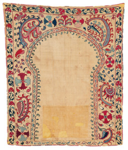 Lot 12. Shakhrisyabz Suzani Joynamoz, Central Asia, South West Uzbekistan, Ca. 1825 - 1850. 131 x 108 cm. Estimate €3,000.