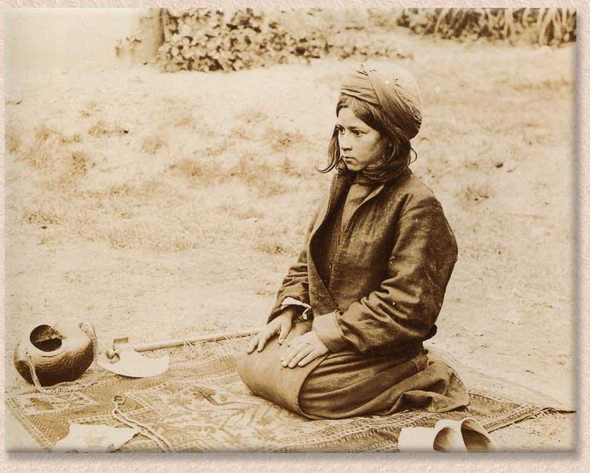 3 Baluch Boy Praying Baluchtreffen