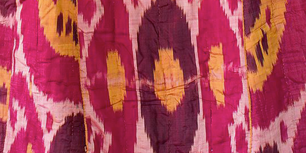 Detail of a munisak, woman's coat, Uzbekistan, Samarcande, 19th century. Silk; warp ikat.
